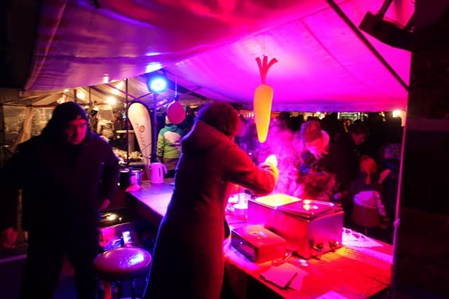 1. Dezember: Gartenkooperative am Weihnachtsmarkt inGrabs